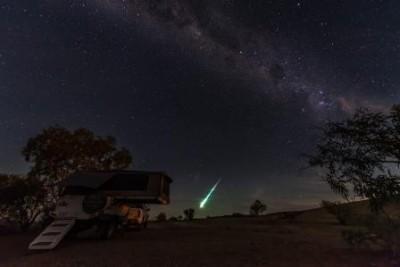 Oodnadatta Fireball 1 April 2015, credit: Peter Jerie